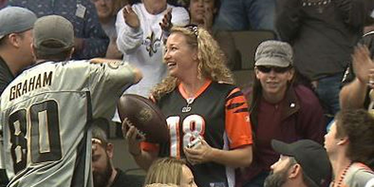 Saints fan defends his ball grab from Bengals fan