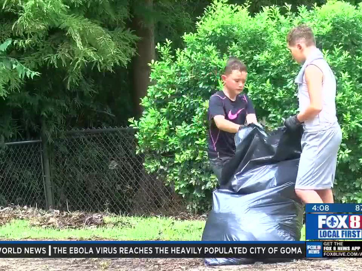 Northshore residents clean up lakefront after Barry