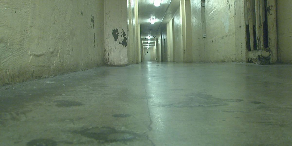 Sheriff's office begins moving inmates to East Carroll Parish