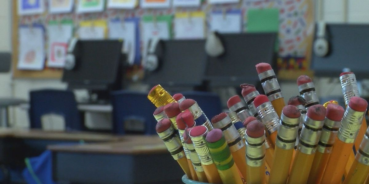 Gov. Edwards calls for teachers to receive pay raise