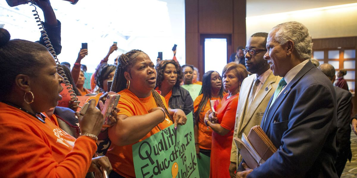 Walmart heirs' money influences black charter schools debate