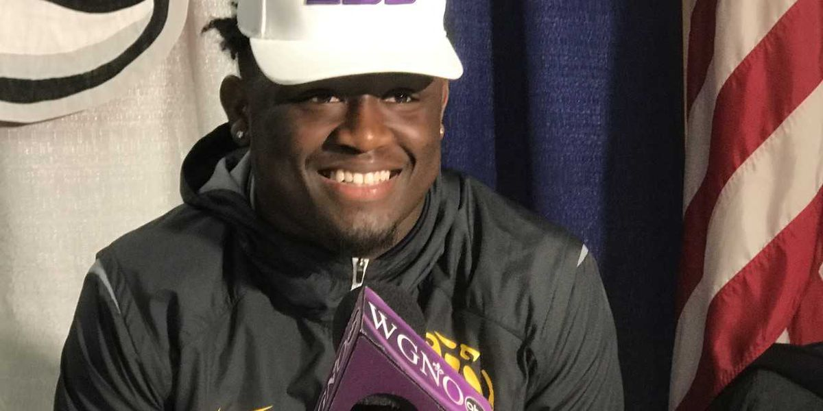 Les Miles attempted to flip Donte Starks late, but one of the top linebackers in the country signs with LSU