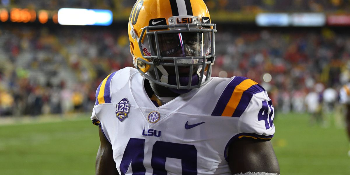 competitive price 9cd05 71037 Devin White is 'torn' on decision to stay at LSU or enter ...