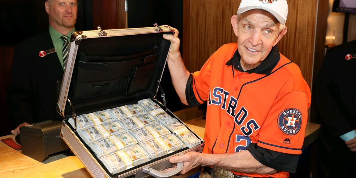 Houston man places $3.5M bet on World Series at Scarlet Pearl