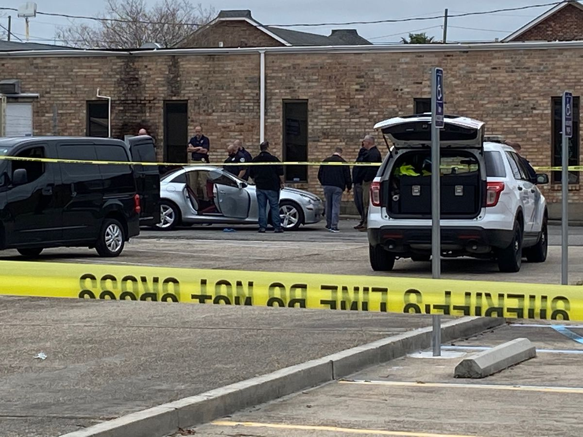 JPSO: Man found shot to death inside vehicle in Metairie