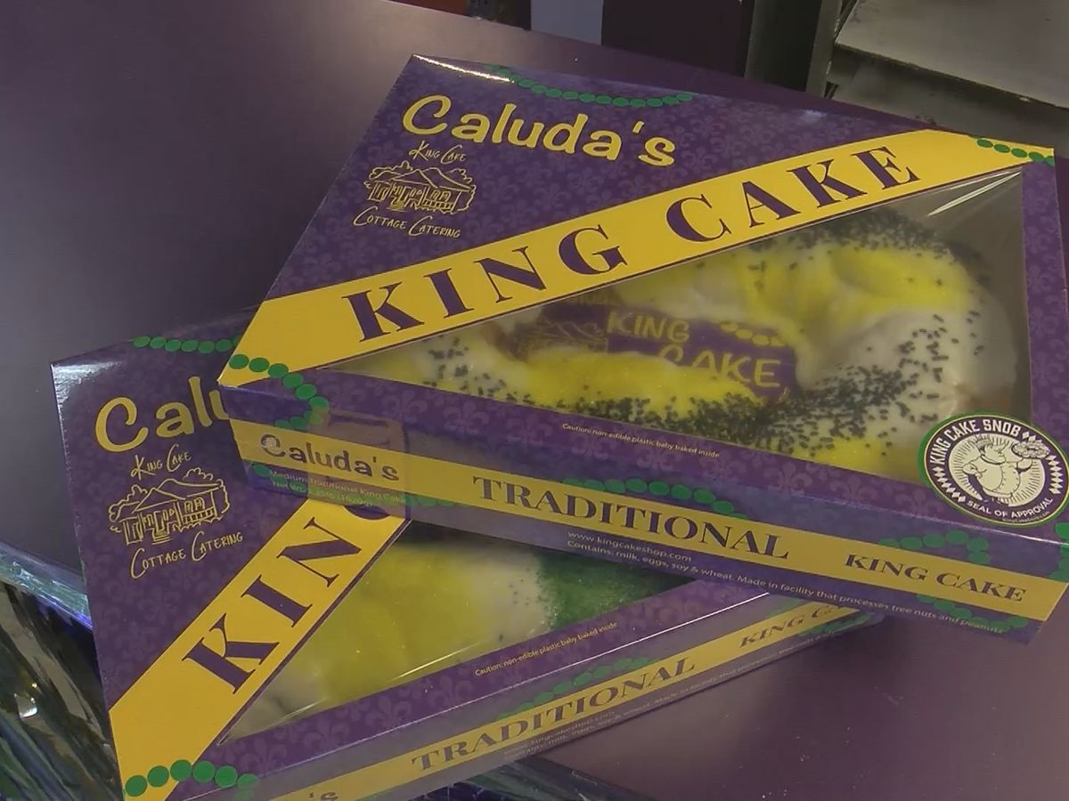 King Cakes and French Quarter beers: Saints fans prepare for playoff game