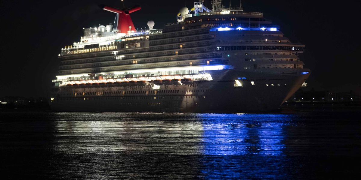 The Carnival Dream's stop in New Orleans means a hectic day for the crew