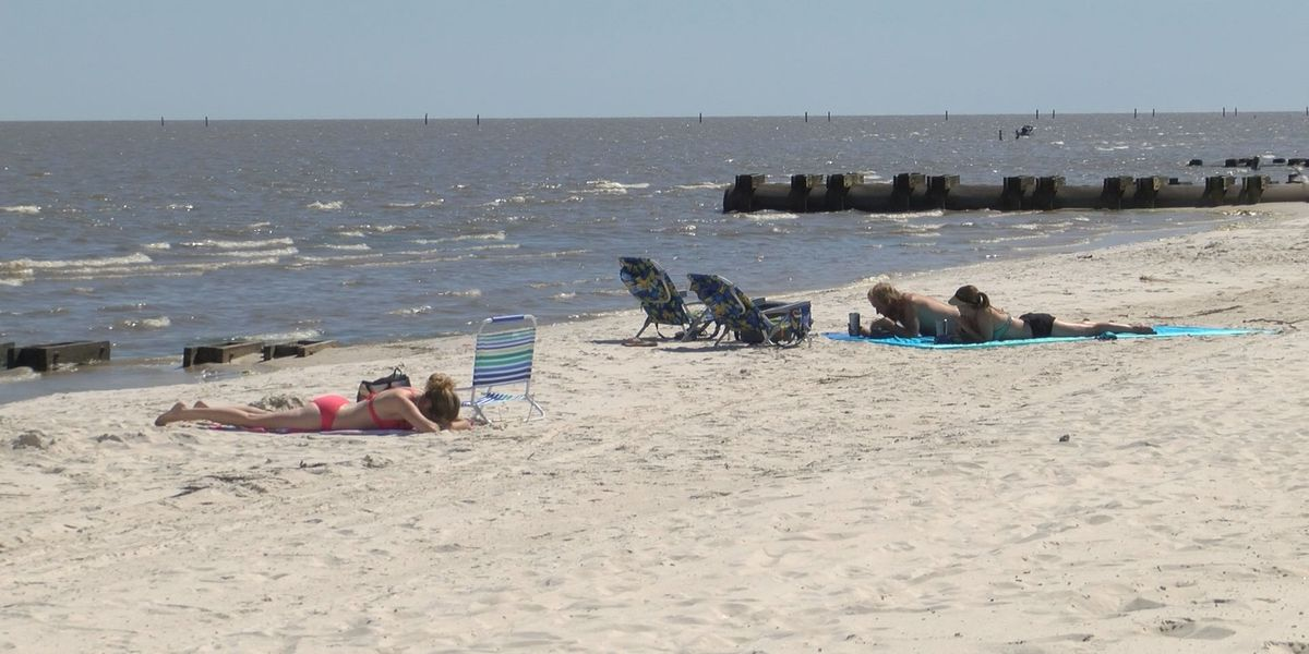 Beachgoers Enjoy Time On Re Opened Hancock County Beaches