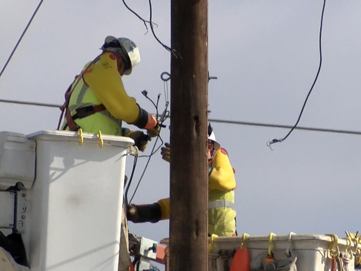 UPDATE: Entergy says crews are making significant progress; most to be restored this weekend