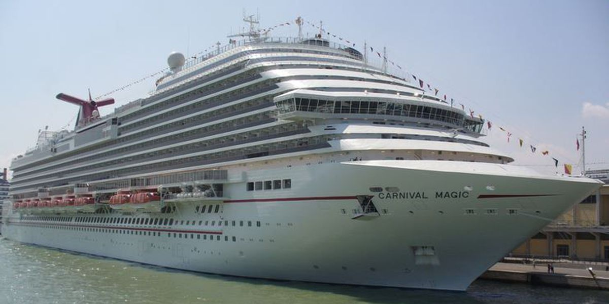 Cruise passenger speaks out after Ebola concerns lead to isolation of Dallas hospital worker
