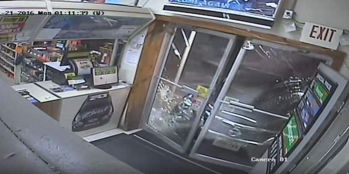 Lafourche Sheriff: Burglar uses car to break into convenience store