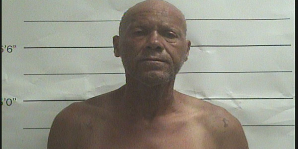 NOPD: Man uses butter knives in French Quarter hold up