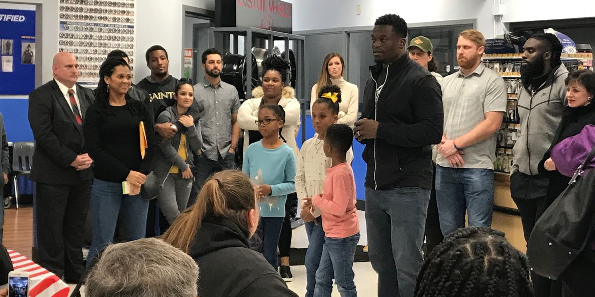 Benjamin Watson, Saints help make spirits brighter for families in need