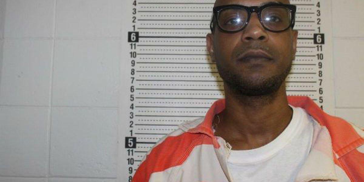 Man charged with aggravated rape escapes Washington Parish jail
