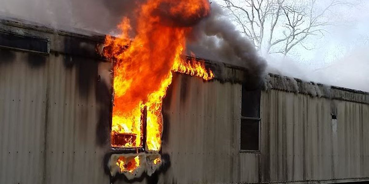Fire department: Space heater sparks mobile home fire