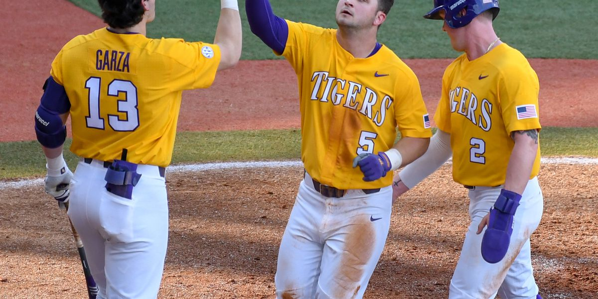LSU racks up 35 runs in three games to go undefeated on opening weekend