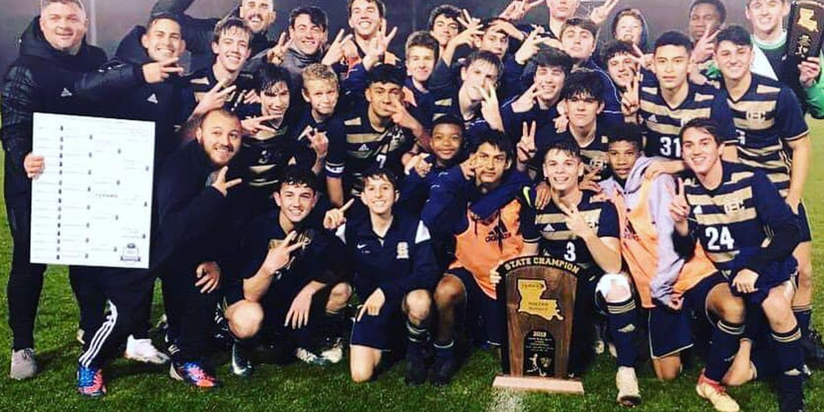 Holy Cross captures back-to-back state titles in soccer