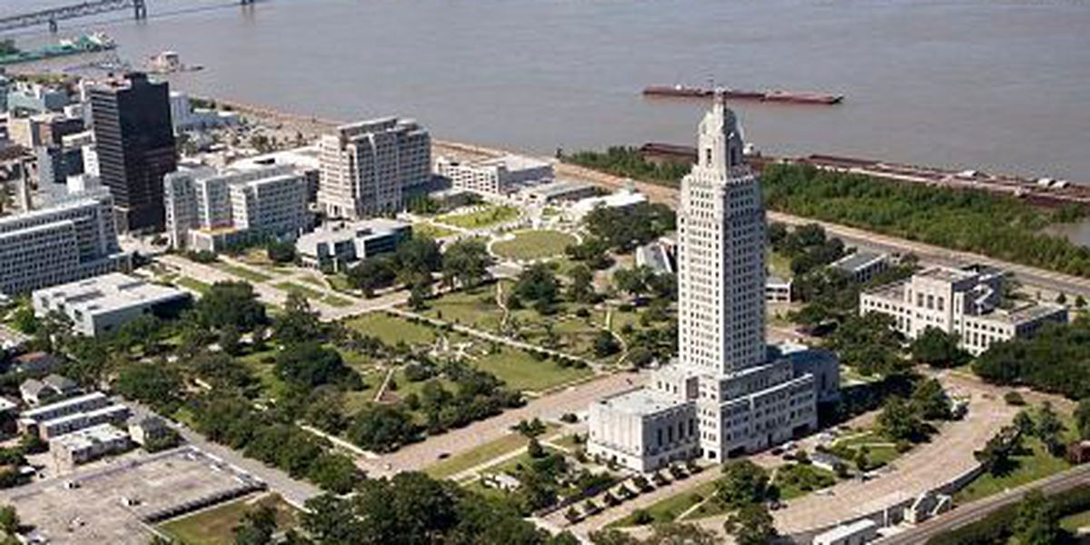 Credit agency says Louisiana budget has 'structural deficit'