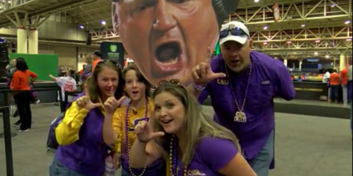 Fans pack downtown New Orleans for LSU v. Clemson championship game