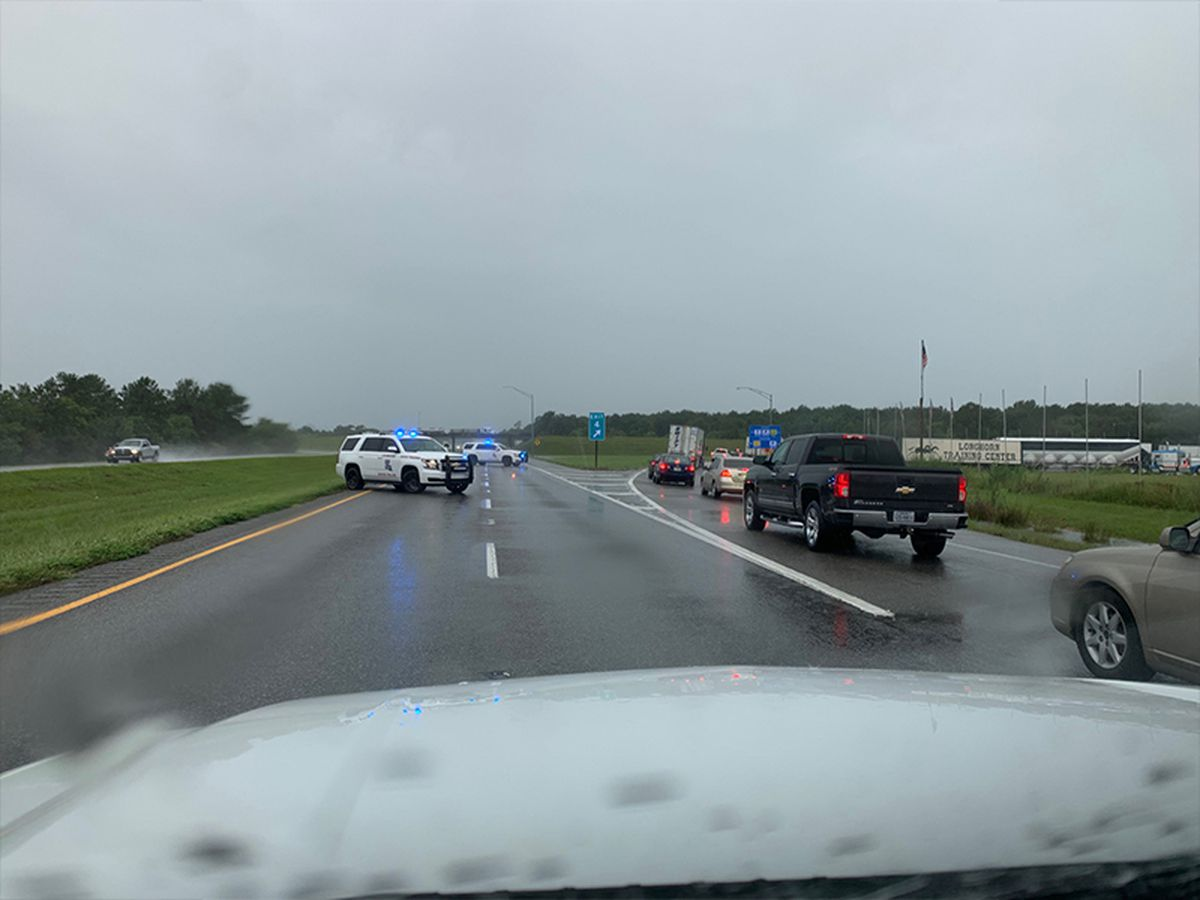 ROAD CLOSURES: I-10 shut down between Winnie and Beaumont