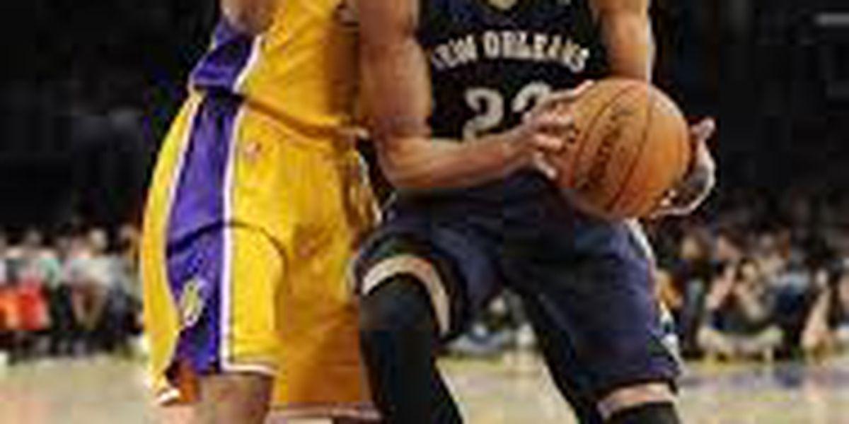 Davis returns to score 29 in Pelicans win