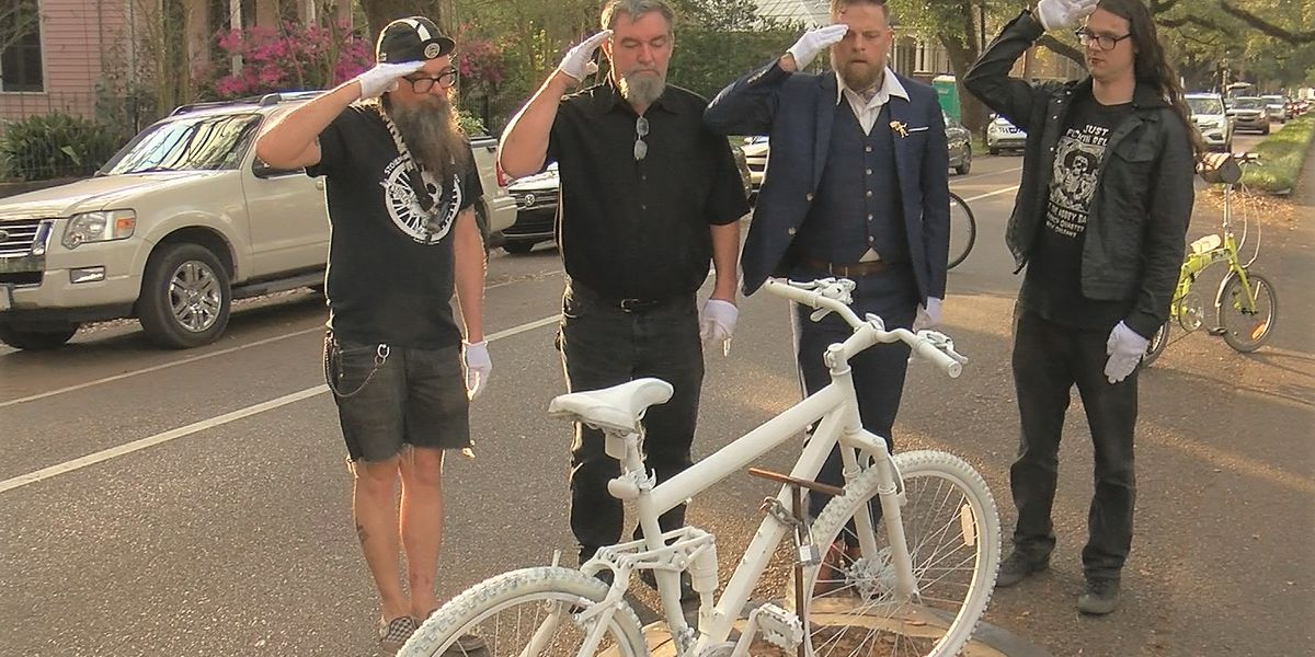 Hundreds attend memorial for bicyclists killed after Endymion parade