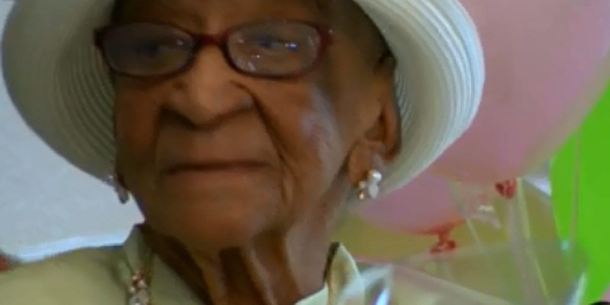 Woman still eating fried chicken and bread pudding after 109 years