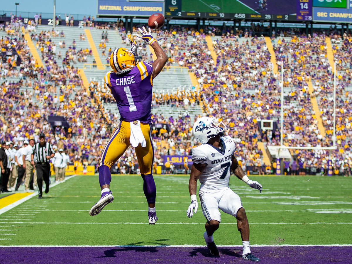 LSU dominates Utah State with total team effort
