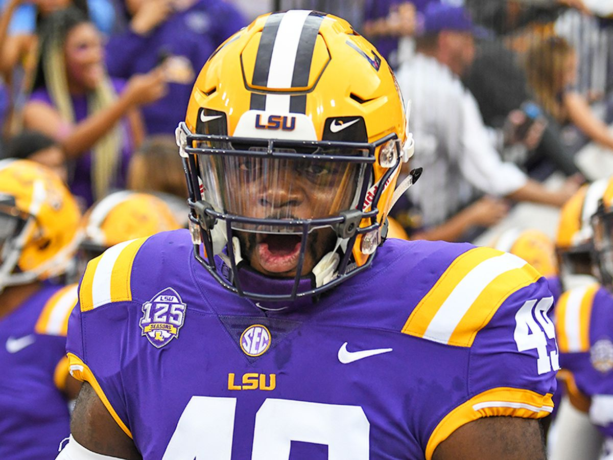 LSU LB Travez Moore posts on social media how COVID-19 affected his body