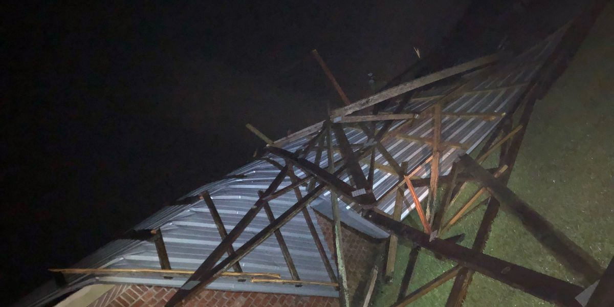 Storms leave damage in parts of SW Louisiana overnight