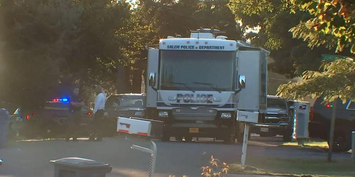 2 dead, 1 hurt in Oregon hostage incident; suspect also killed