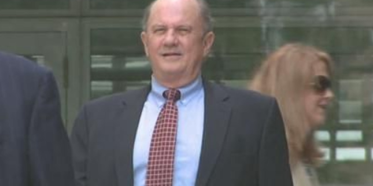Former North Shore DA Walter Reed reports to prison Friday