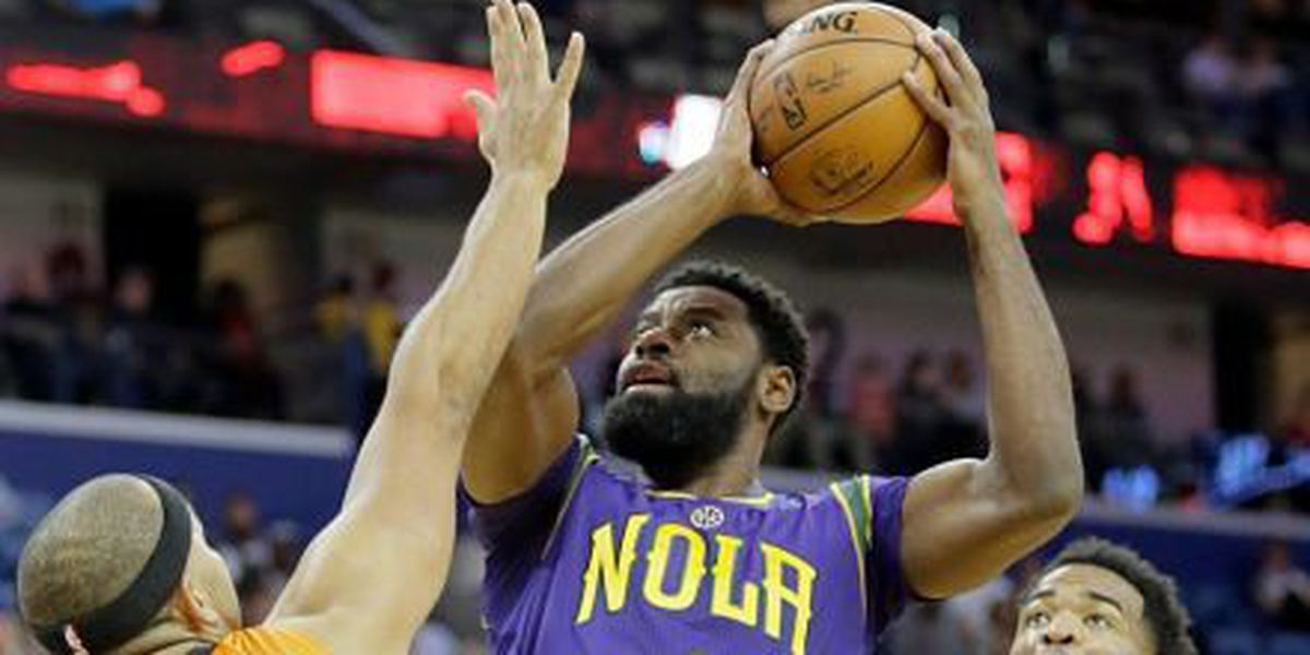 Pelicans rise over Suns at home