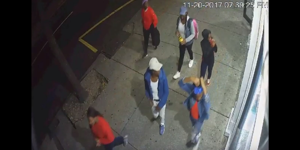 VIDEO: Group seen snatching property from people in Lower Garden District