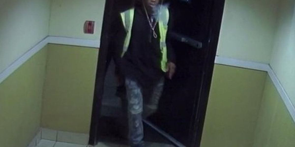 Suspects wanted in connection to armed robbery in Motel 6 parking lot