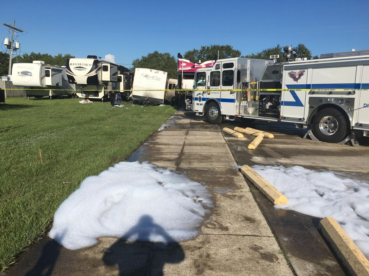 3 fire departments respond to fire at Alligator Fest grounds