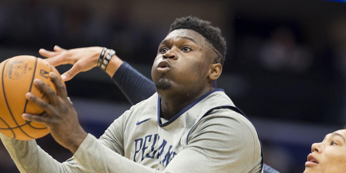 VIDEO: Zion dunks Pelicans past Hawks