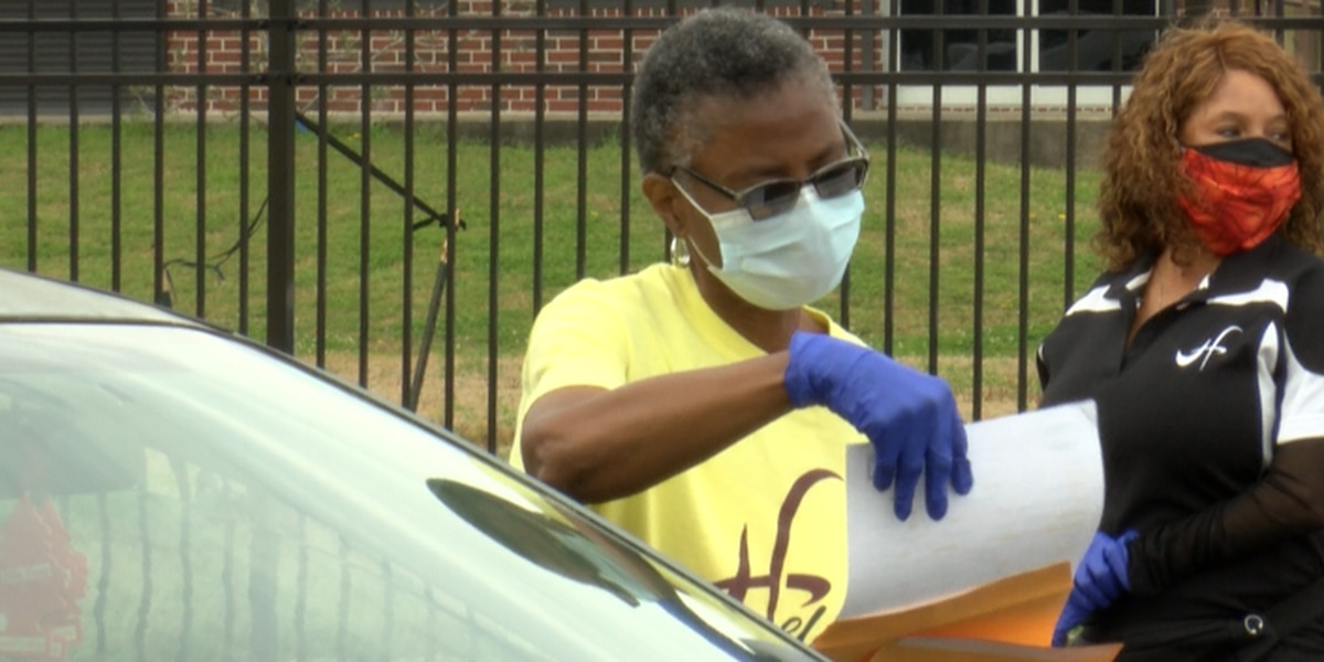 New Orleans residents receive drive-thru vaccines and Entergy vouchers