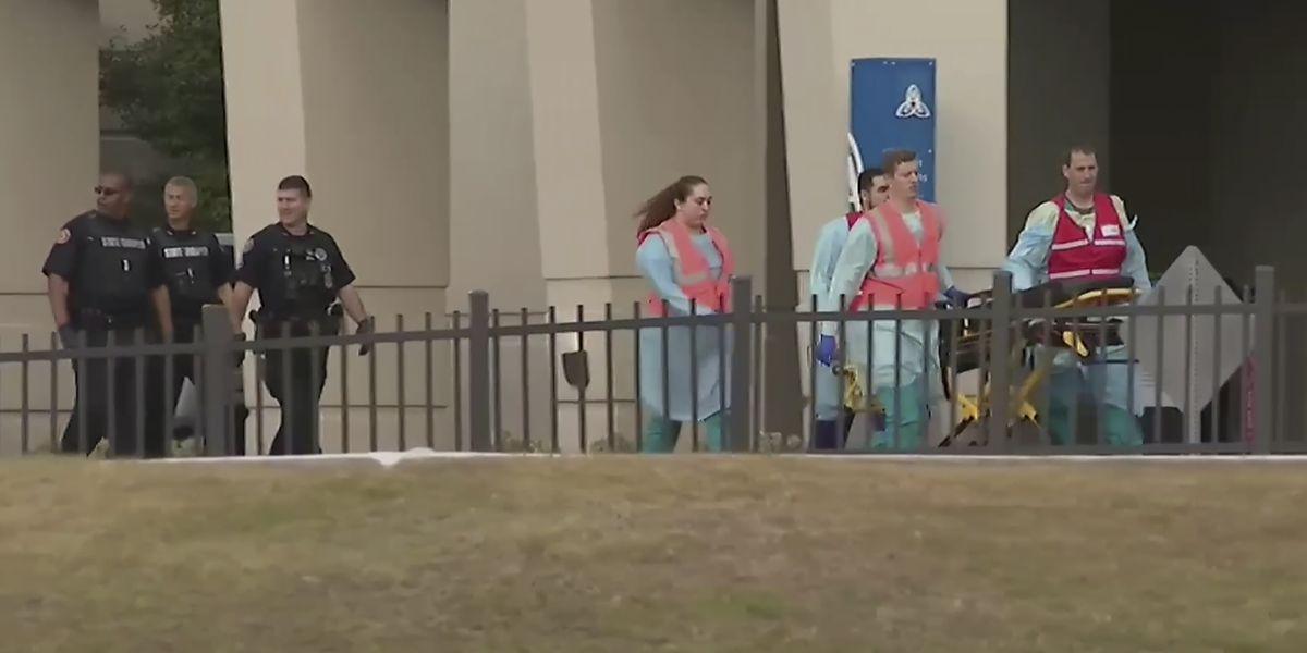3 killed in gunfire at Florida Naval base; suspect dead