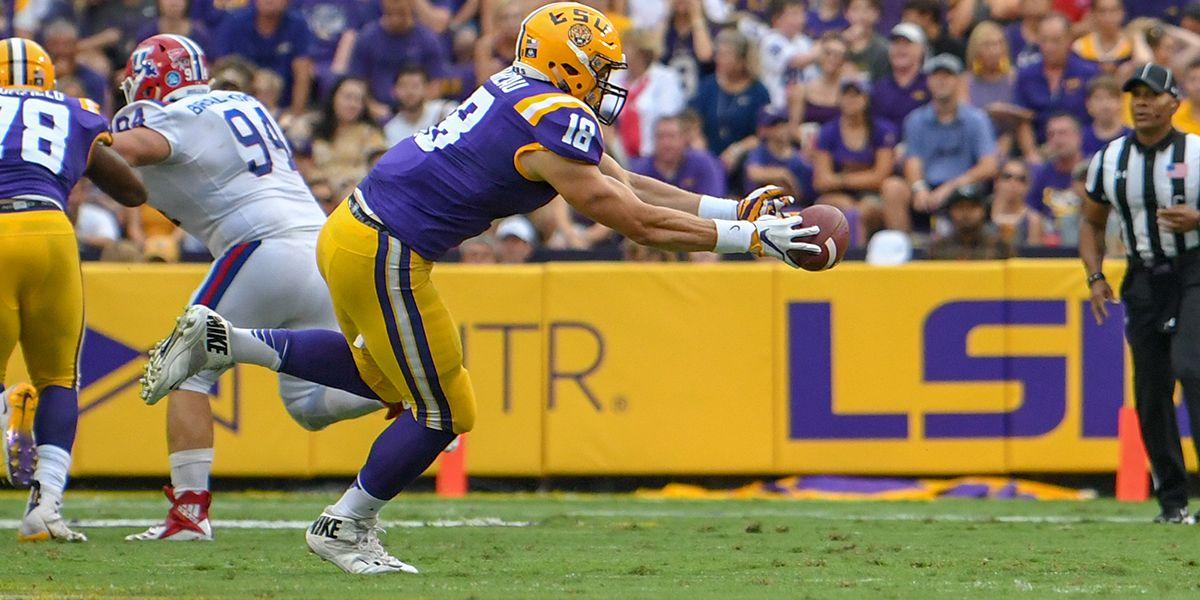 NFL DRAFT: LSU TE Foster Moreau taken No. 137 by the Oakland Raiders