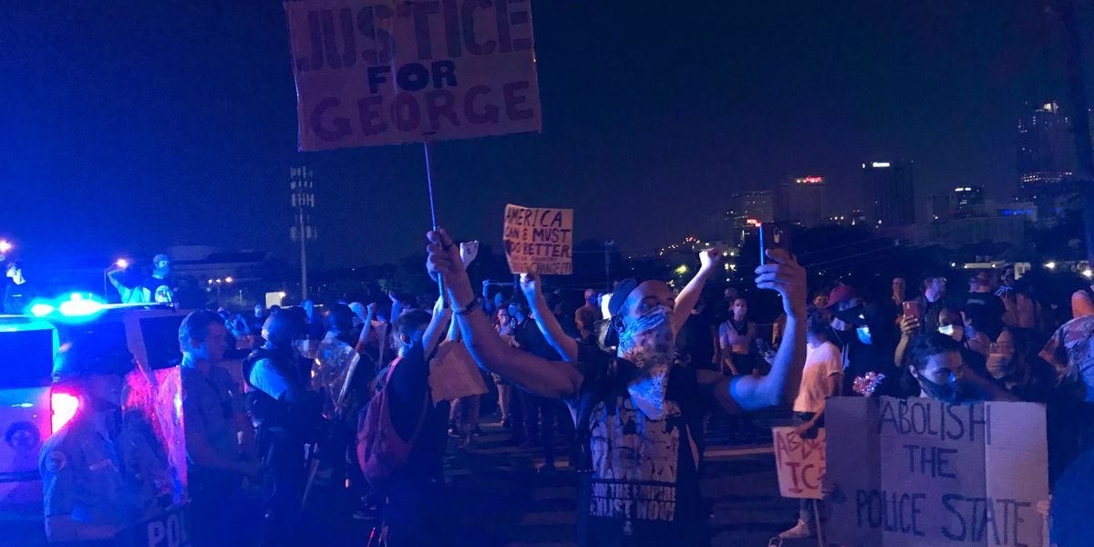 VIDEO: Protesters shut down I-10 in New Orleans during fourth day of demonstrations