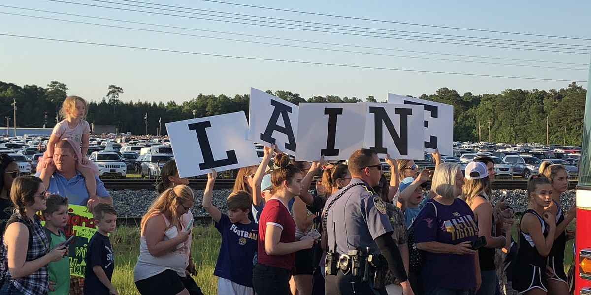 Livingston Parish overrun with fans for Laine Hardy parade, concert