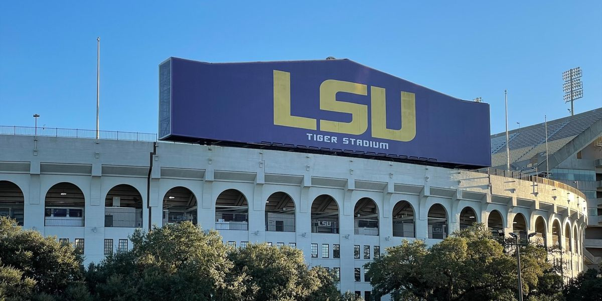 LSU welcomes fans back in Tiger Stadium for spring game