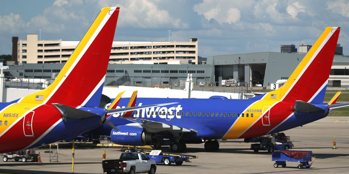 Southwest warns nearly 7,000 workers of possible furloughs