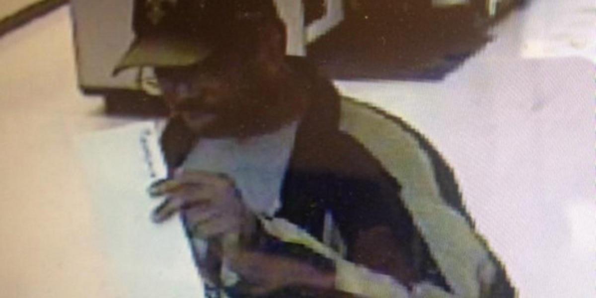 NOPD links alleged bank robber with Walgreens holdup