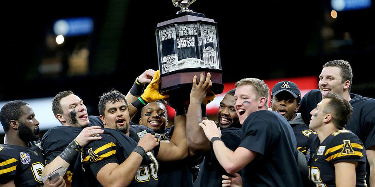 Appalachian State crushes Middle Tennessee to win New Orleans Bowl