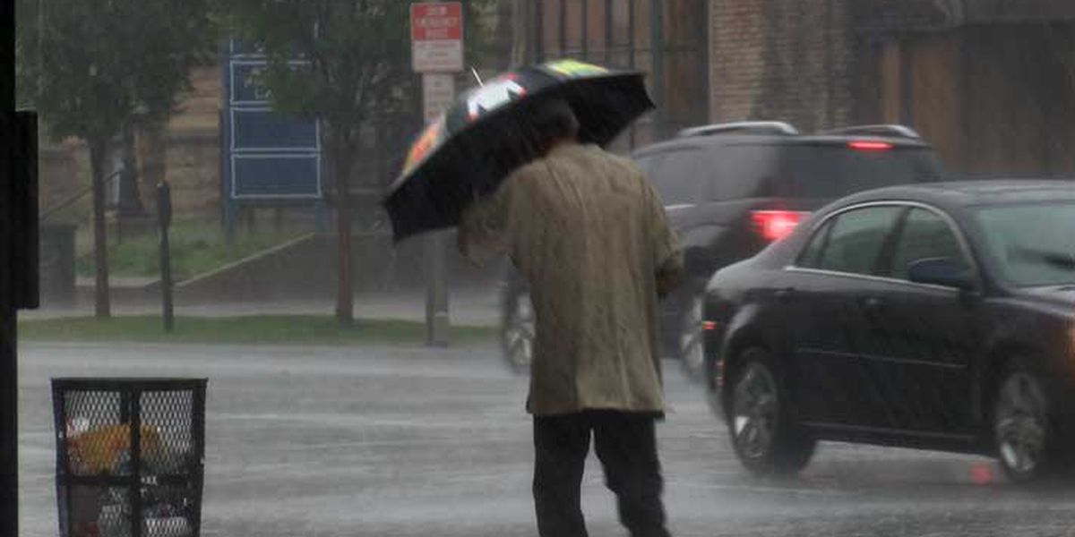 Heavy rain moves through the metro area, conditions improve early afternoon