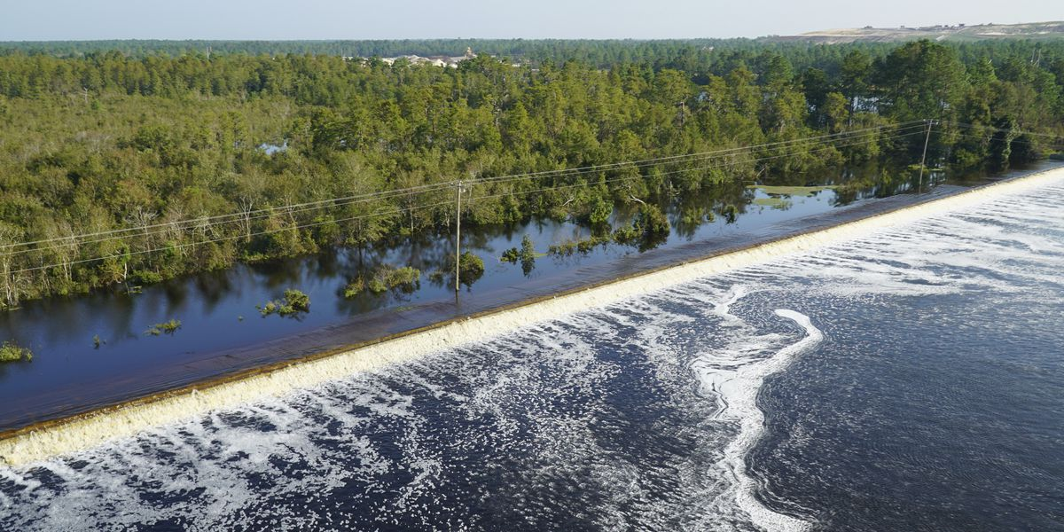 Flooding: Dam breach at Duke plant; coal ash could spill