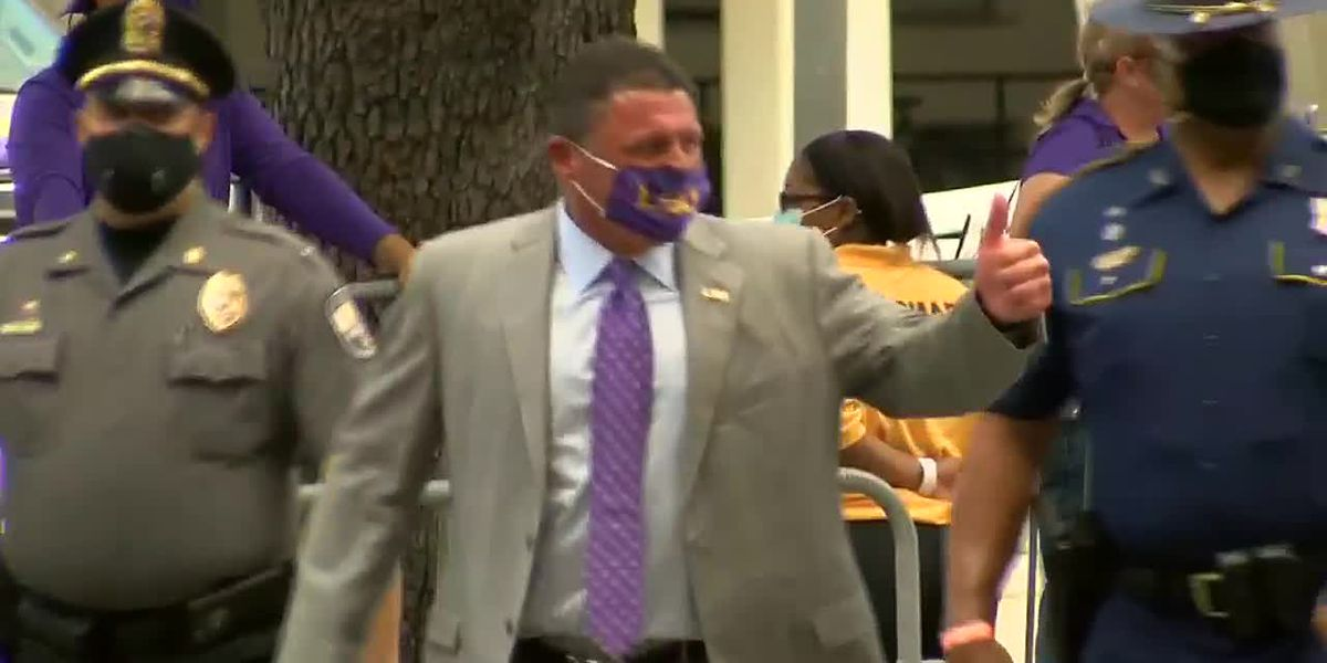 LSU arrives at Tiger Stadium for their opener