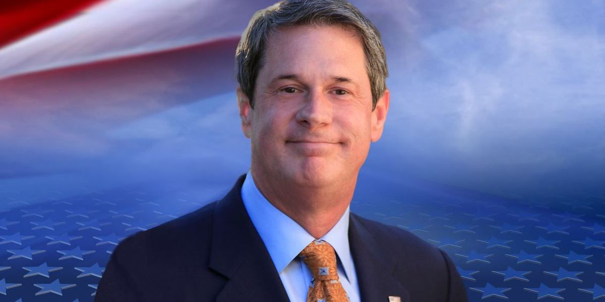 Vitter refuses to back down after critics accuse him of race-baiting